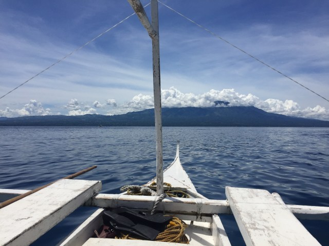 Bangka ride to Apo Island