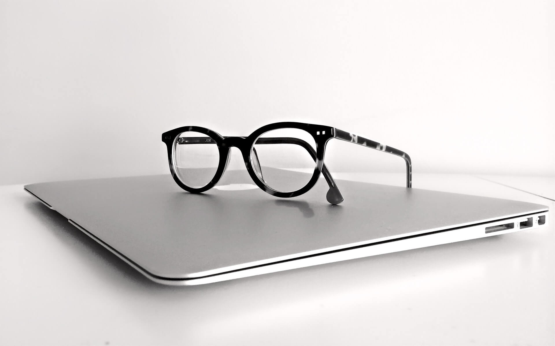 laptop_brille©Pixabay