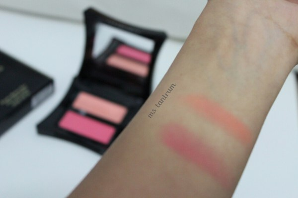 illamasqua blush duo - Lover and hussy without flash