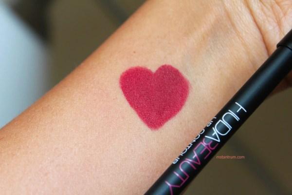 Huda beauty lip contour in Icon on mstantrum.com