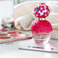 Marc Jacobs Daisy Dream Kiss Fragrance Review