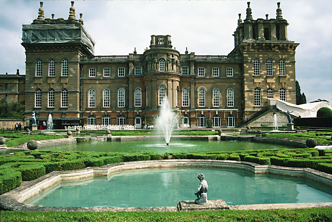 https://i0.wp.com/www.mstecker.com/images/Europe/UK/BlenhiemPalace/ib67pbp.jpg
