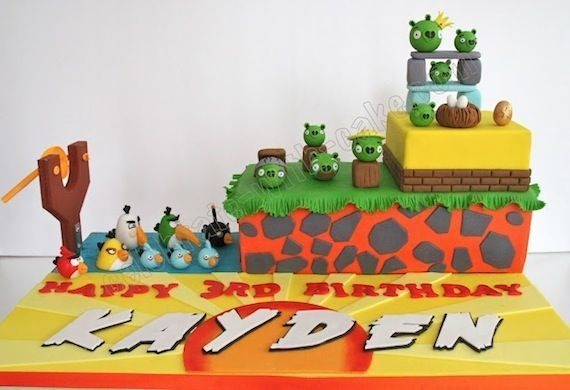 angry-birds-birthday-cake-collection-10