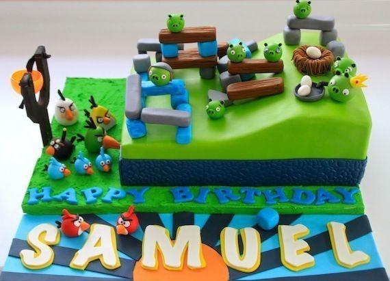 angry-birds-birthday-cake-collection-11
