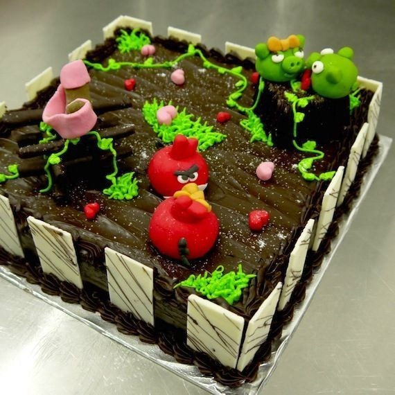 angry-birds-birthday-cake-collection-12