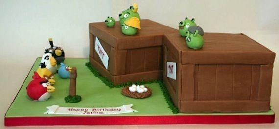 angry-birds-birthday-cake-collection-14