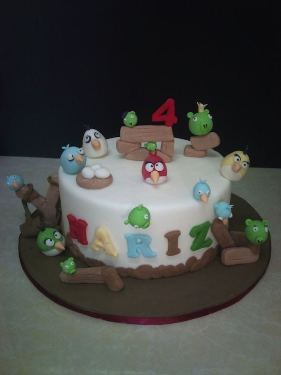 angry-birds-birthday-cake-collection-16