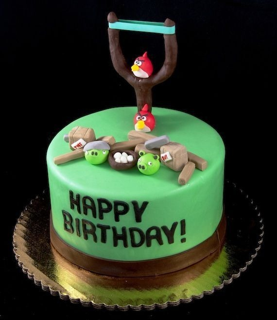 angry-birds-birthday-cake-collection-17