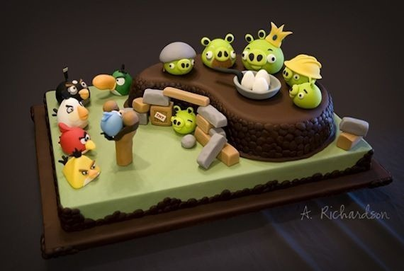 angry-birds-birthday-cake-collection-19