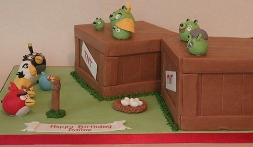 angry-birds-birthday-cake-collection-24