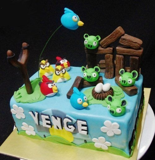 angry-birds-birthday-cake-collection-26
