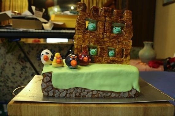 angry-birds-birthday-cake-collection-2