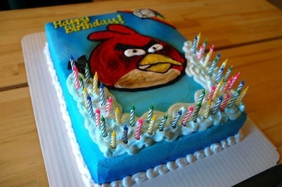 angry-birds-birthday-cake-collection-3