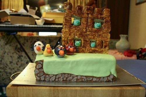 angry-birds-cake-collection-32