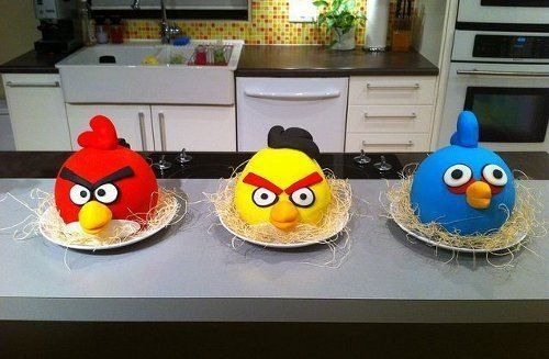 angry-birds-cake-collection-34