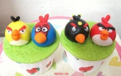 angry-birds-cake-collection-42