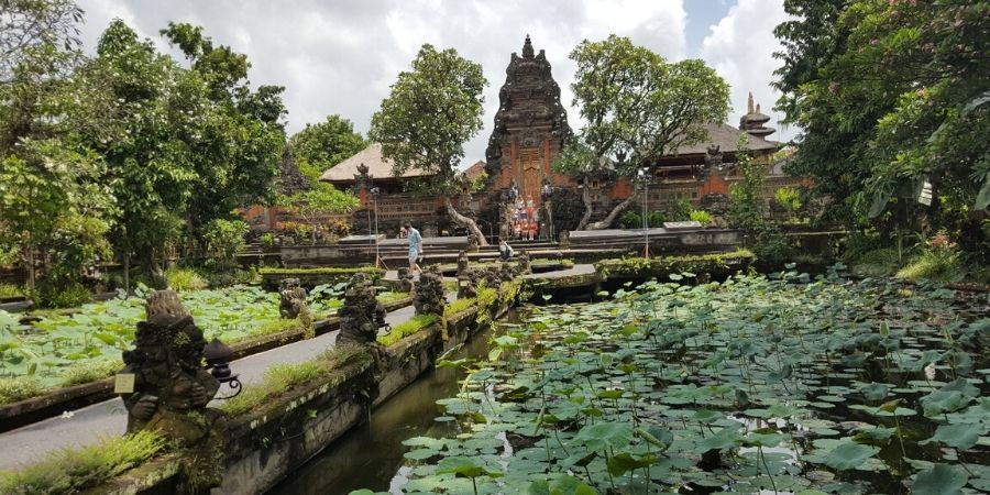 Saraswati Temple is centrally located and one of the best temples in Ubud