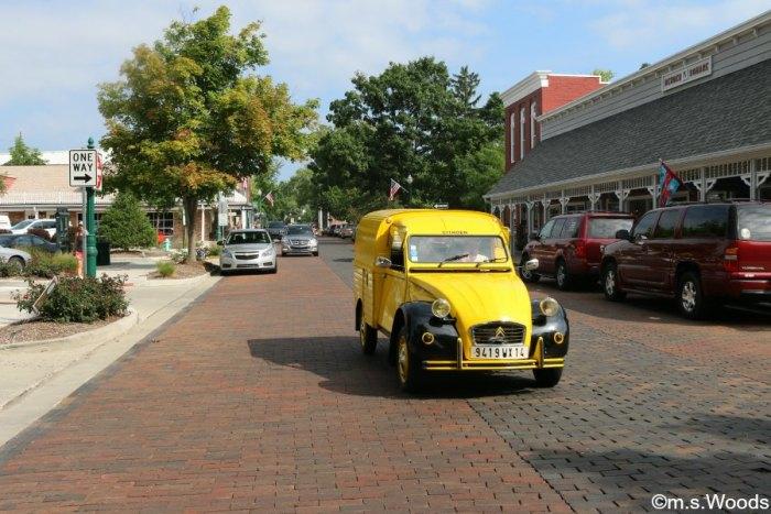 main-street-village-zionsville-indiana