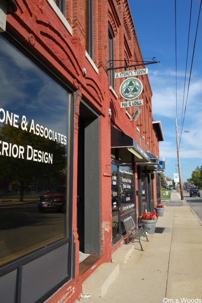 a-stones-throw-pub-and-grill-brownsburg