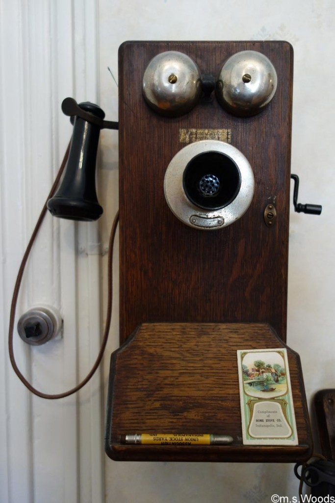 antique-telephone-at-hendricks-county-historical-museum-danville-indiana