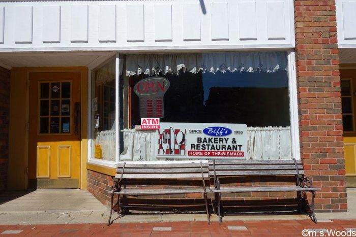 biffs-bakery-and-restaraunt-mooresville