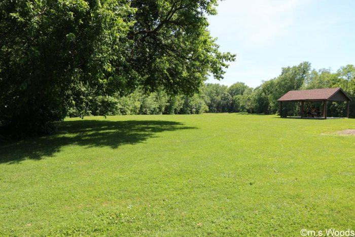 field-and-picnic-shelter-in-rooker-run-park-mooresville