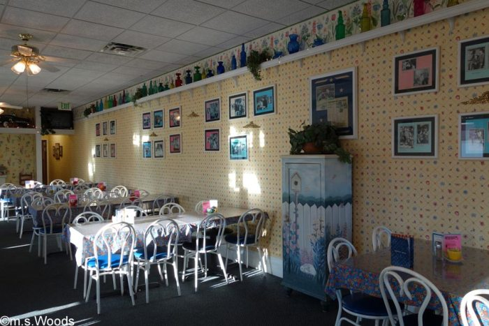 inside-mayberry-cafe-danville-indiana