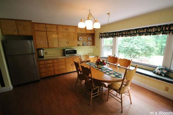 kitchen-at-blanton-house-danville-indiana