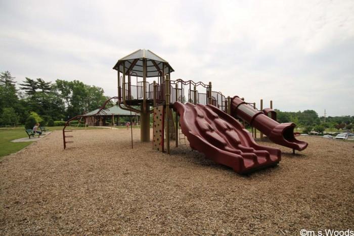 playground-in-avon-town-hall-park
