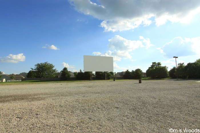 canary-creek-drive-in-and-movie-theater-franklin-indiana