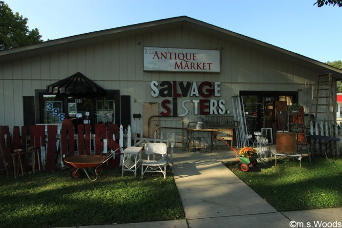 salvage-sisters-antique-market