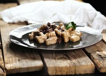 132. Gnocchi di patate e segale al Bruscitt di Polpetta pop