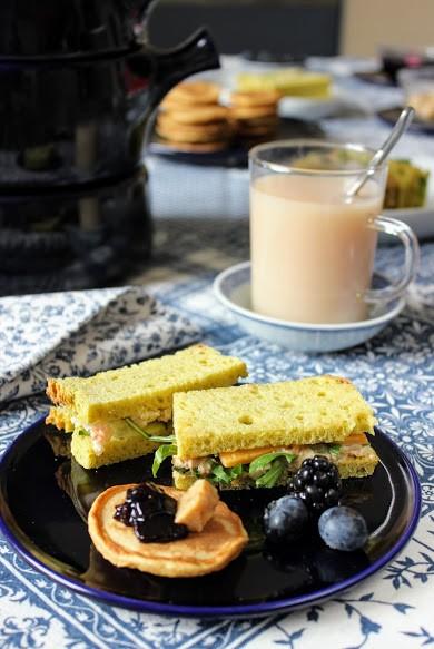 22. A Slightly Oriental Afternoon Tea di Acquaviva
