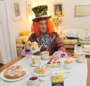 51. l'Afternoon tea e la stanza dell'acronimo di Corrado