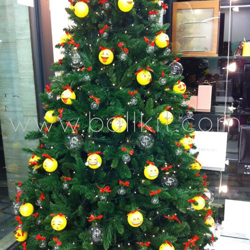 Boules transparentes pour la décoration de sapin de Noël