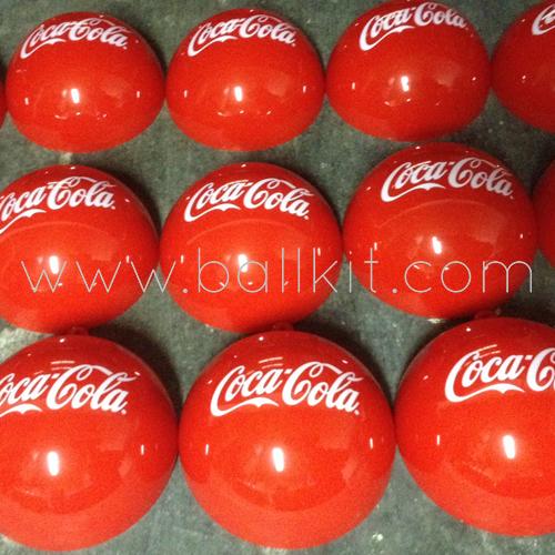 Boule opaque rouge personnalisée par tampographie, soda Coca-Cola