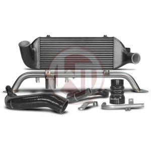 Comp. Intercooler Kit EVO2 Gen.2 Audi 80 S2/RS2 Audi Audi 80 Audi 80 RS2 Quattro 200001014 wagner wagnertuning mondotuning mtelaborazioni Updated Competition EVO2 Gen.2 Intercooler Kit for Audi S2/RS2 equiped with our short intake manifold.The WAGNERTUNING high-performance intercooler has got a new competition core (latest Tube-Fin-Technology) with the dimensions 500 mm x 220 mm x 90 mm (9.9 liters) / 19