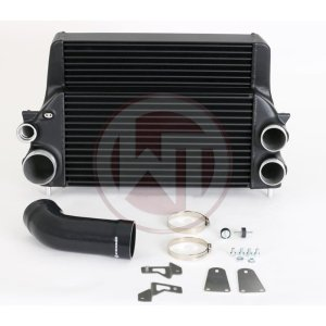 Comp. Intercooler Kit Ford F150 2017 10  Speed Ford F150 Ford F150 Ecoboost 200001118 wagner wagnertuning mondotuning mtelaborazioni Intercooler Upgrade Kit for Ford F150 3.5l Ecoboost (2017 and up) with 10Speed automatic gearboxThe high performance intercooler has the following core size (500x388x125/stepped)