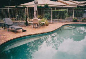 mt lake pool patio