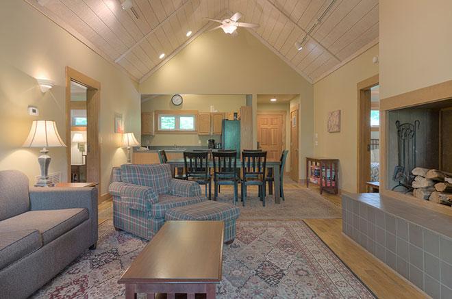 Blueberry Ridge Mountain Homes  Mountain Lake Lodge