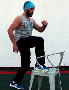 Evde-Spor-Bacak-Hareketleri