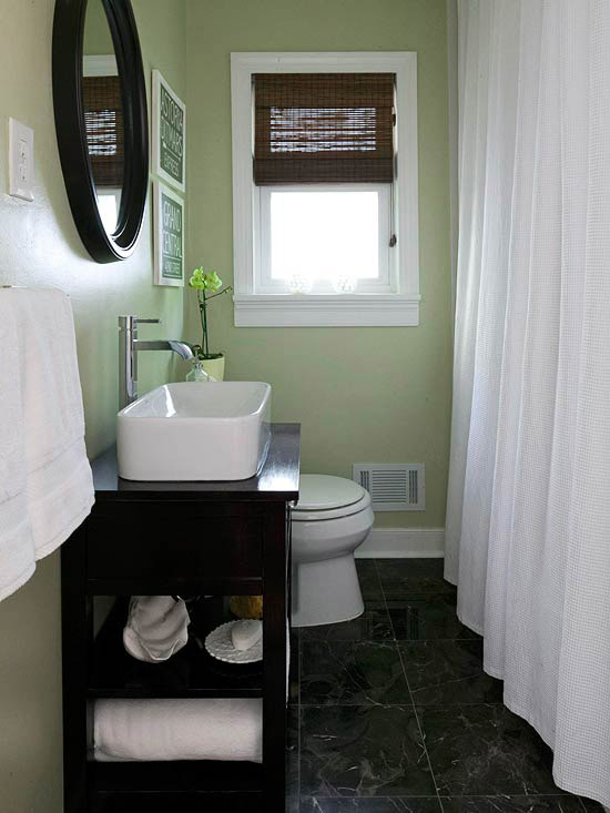 Inspirations for Decorating Small Bathrooms on Small ...