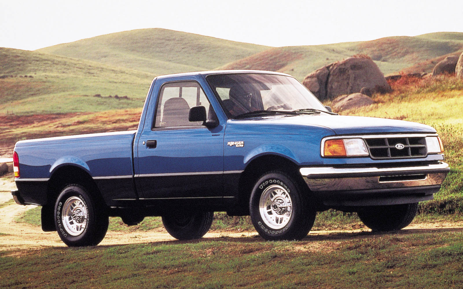 hight resolution of ford ranger regular cab 1993 1997 thunderform custom subwoofer enclosure mtx audio serious about sound