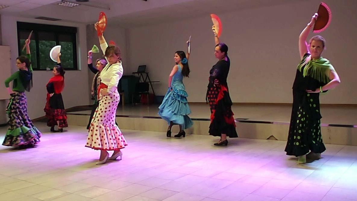 Baile por Sevillanas