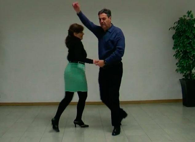 Salsa cubana nmeros del uno al cuatro  Mucho Ms Que Baile
