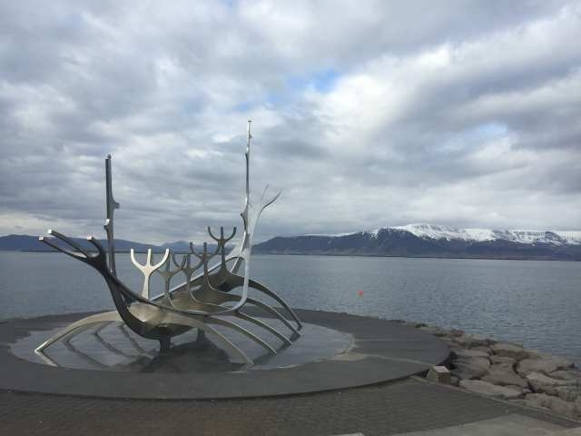 Cheap Flights to Reykjavik, Iceland - The Sun Voyager