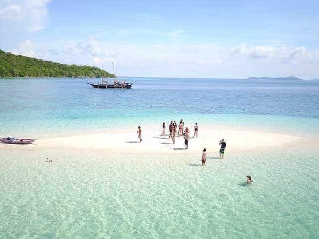 Tao, Phillipines - Travel9to5.com