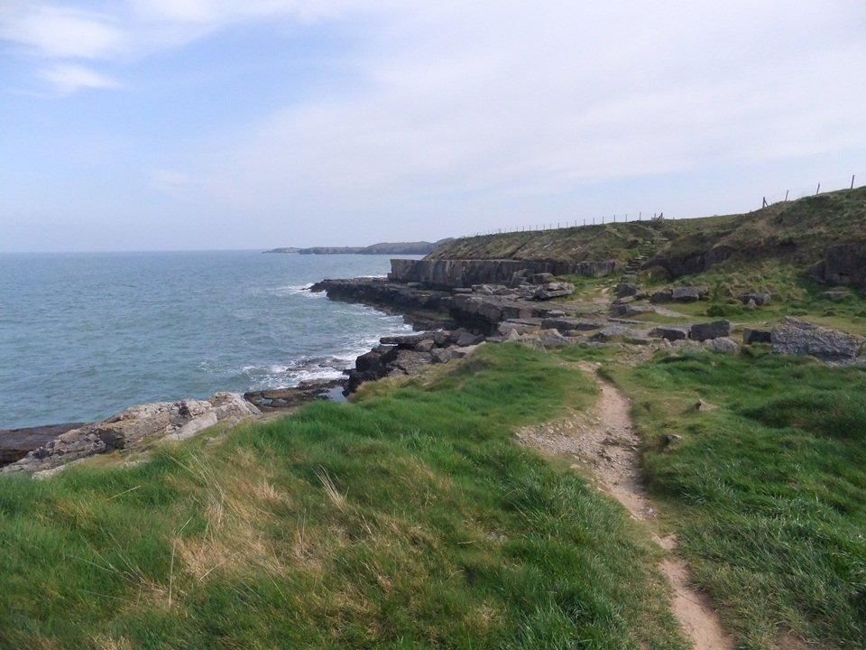 Traeth Lligwy to Moelfre – Easy Walk on the Anglesey Coastal Path