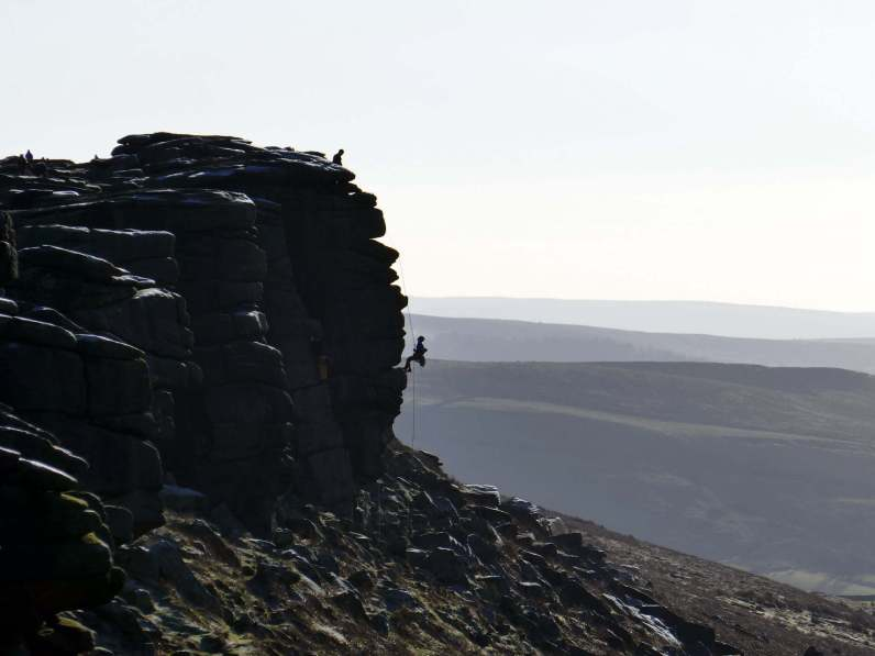 Walk to Stanage Edge and Burbage Rocks from Hathersage
