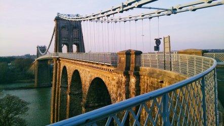 Menai_Bridge_Caernarfon_131